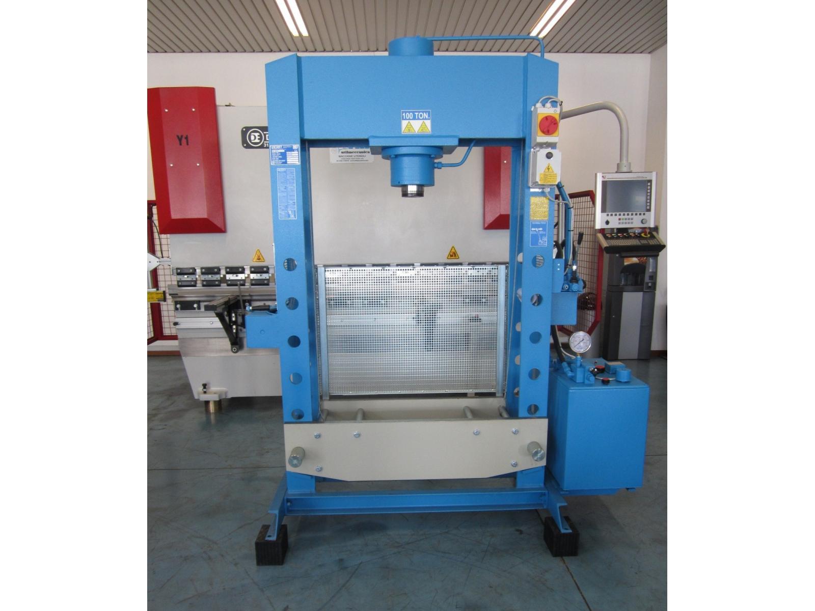 Pressa per officina 100 ton omcn 164 r for Presse idrauliche usate per officina