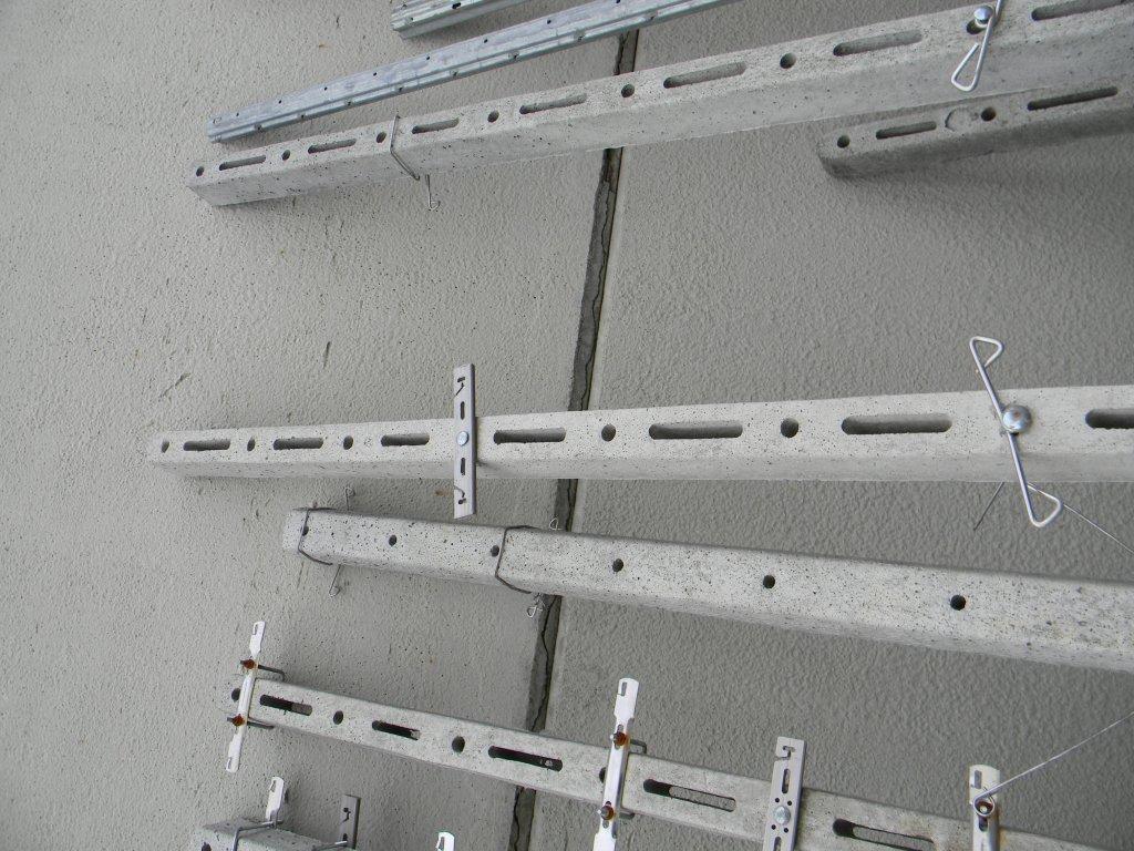Profilatrice per pali vigna in cemento for Pali cemento per recinzione
